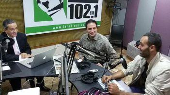 foto entrevista radio